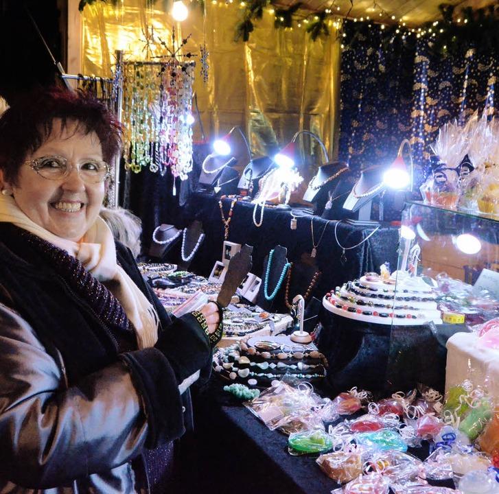 Der Weihnachtsmarkt in Altweil kostet Weil-aktiv viel Geld.   | Foto: Fillisch