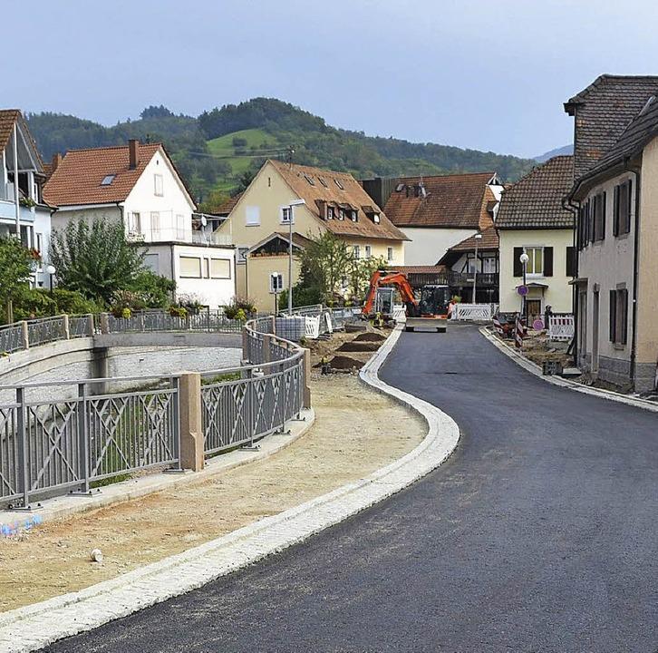 Baggerarbeiten an der Hammersteiner St...en – auch für andere Gemeinden.   | Foto: Maier