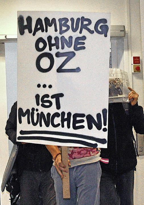 OZ-Unterstützer vor Gericht    Foto: dpa