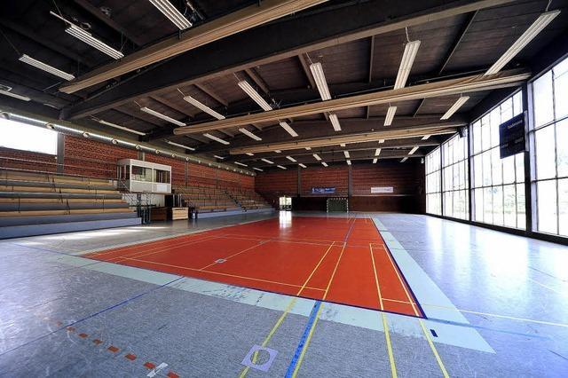 Freiburger Turnerschaft und der PTSV Jahn sanieren ihre Hallen