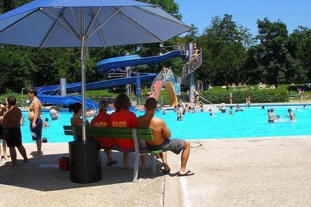 Abbrucharbeiten im Kollnauer Schwimmbad beginnen