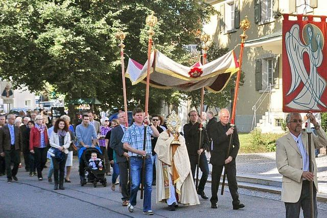 Gemeinde feiert St. Michael