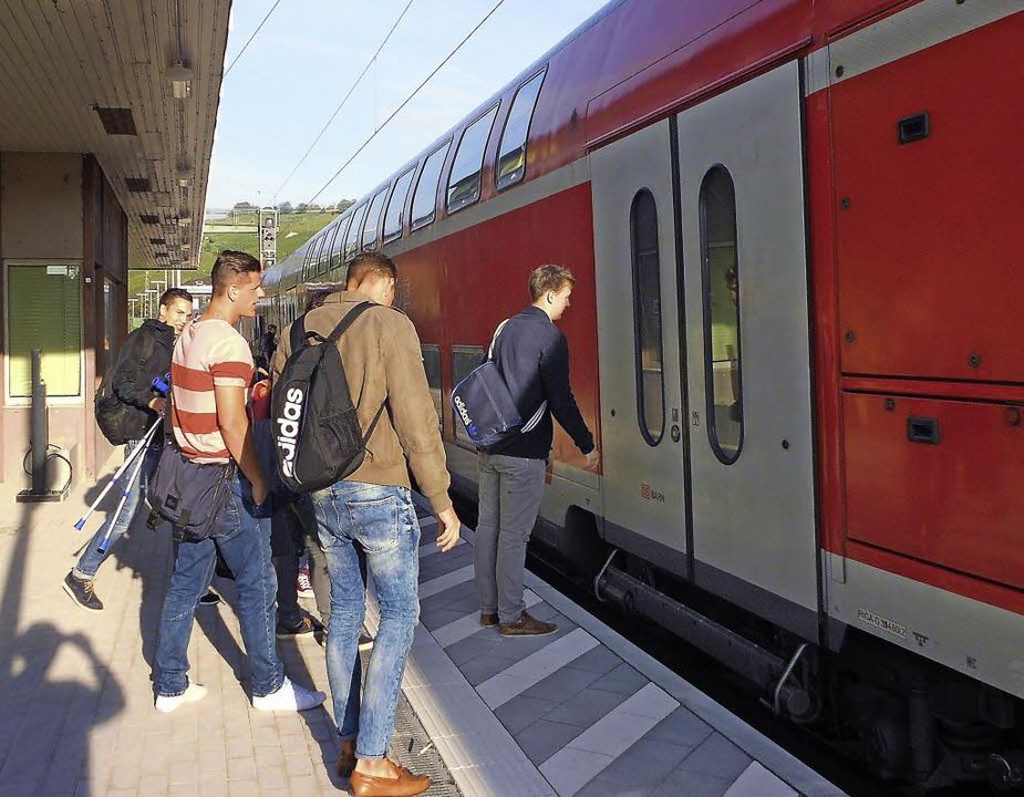 Am Montagmorgen hielt der Zug in Efrin...ur Unterführung keine Rampe mehr ist.   | Foto: langelott
