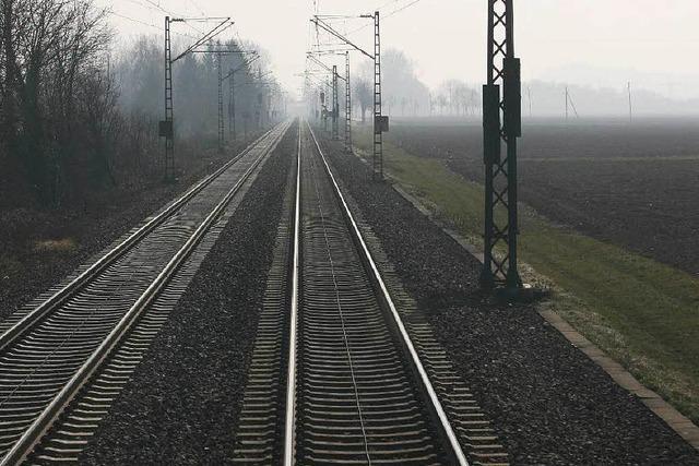 Sanierte Rheintalstrecke: Defekt legt Zugverkehr lahm