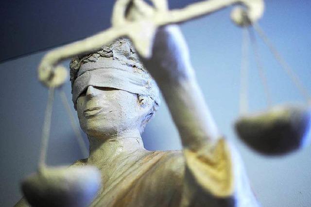 Bluttat von Biederbach: Angeklagter schiebt Schuld auf Kumpel