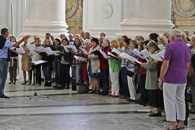 Domchor feiert mit Requiem
