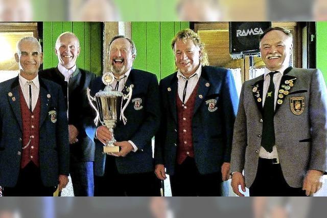 Gesangverein gewinnt Wanderpokal