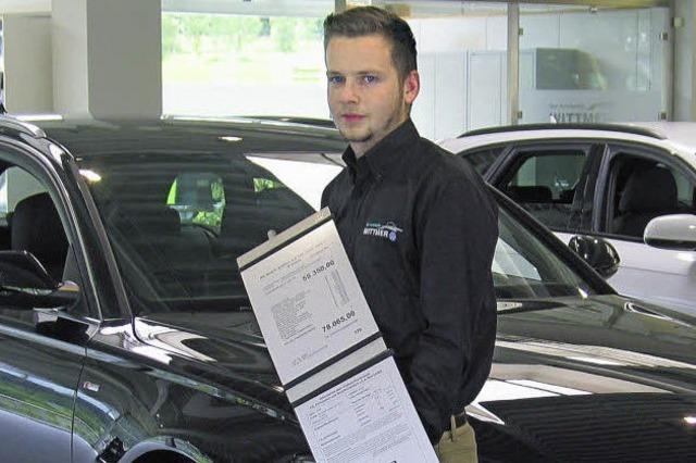 Ausbildungsberuf Automobilkaufmann: Für Jeremia Schuler ist der Führerschein ein Muss