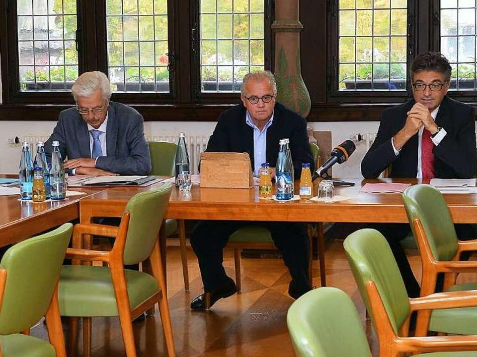 Sie werben für ein neues SC-Stadion au...rgermeister Dieter Salomon (von links)    Foto: Achim Keller