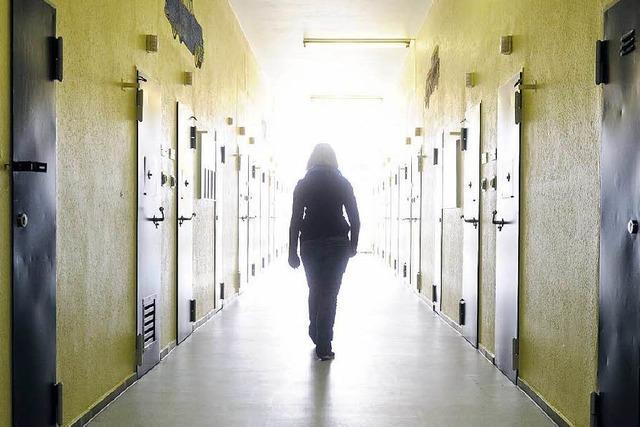 Justizminister verspricht mehr Geld für Gefängnis-Psychologen