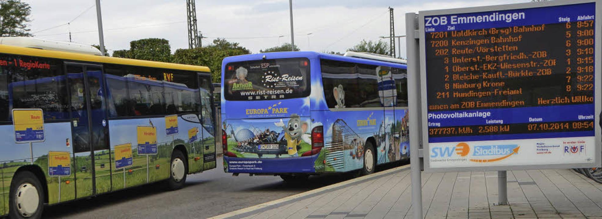 Und wo bleibt das Bürkle-Bleiche? Regionalbusse lassen es links liegen.   | Foto: Gerhard Wallser
