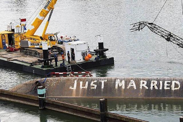 Bergung des Unfallschiffs