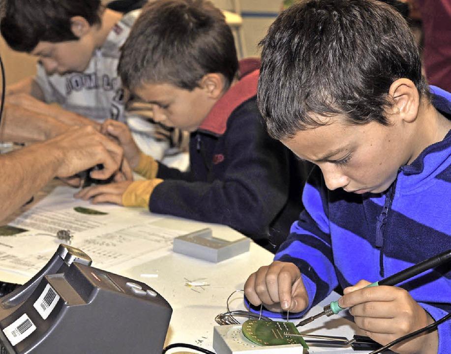 42 Stunden nach Herzenslust tüfteln: Macherthon bei den Science Days.  | Foto: Europa-Park