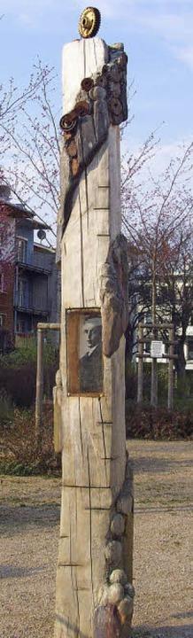 Die mittlerweile abgebaute alte Georg-Elser-Stele.   | Foto: privat