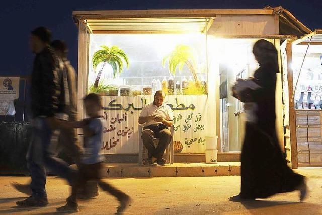 So leben 100.000 Flüchtlinge in der jordanischen Wüste