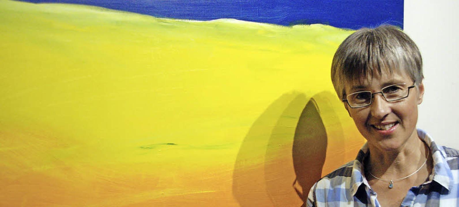 Zwei Künstlerinnen und ihre Bilderwelten: Heike Hesse stellt in Gundelfingen aus  | Foto: Andrea Steinhart