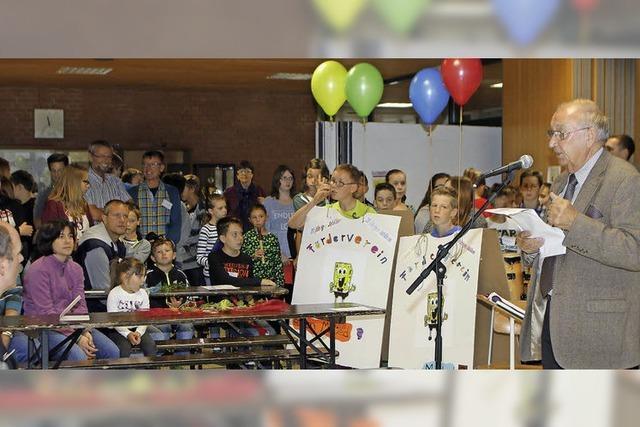 Zum Schulfest gibt's das 200. Vereinsmitglied