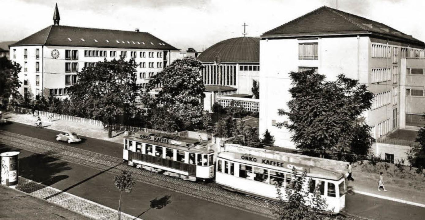 Nachdem beim Bombenangriff auf Freibur...euem architektonischen Stil aufgebaut.  | Foto: Hans Sigmund