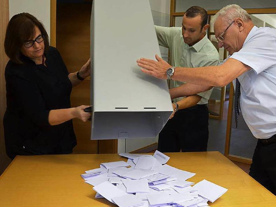 Ausgezählt (wie hier in Bollschweil) w...Gemeinden gab es nur einen Kandidaten.  | Foto: Andrea Gallien