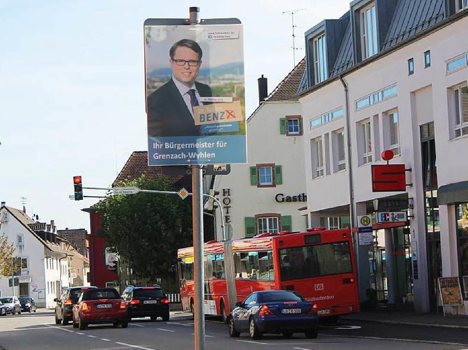 Plakat von Tobias Benz in Grenzach.  | Foto: Albert Greiner