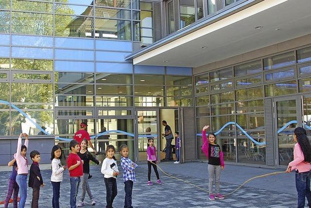 Rheinschule: Begeisterung über Neubau