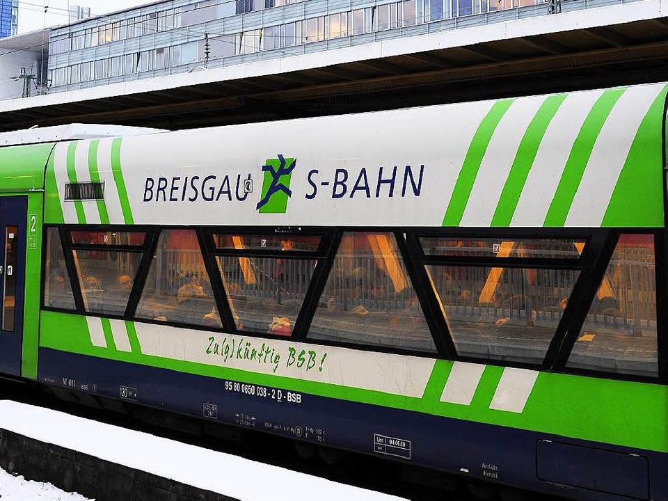 Breisgau-S-Bahn im Hauptbahnhof Freiburg  | Foto: Thomas Kunz