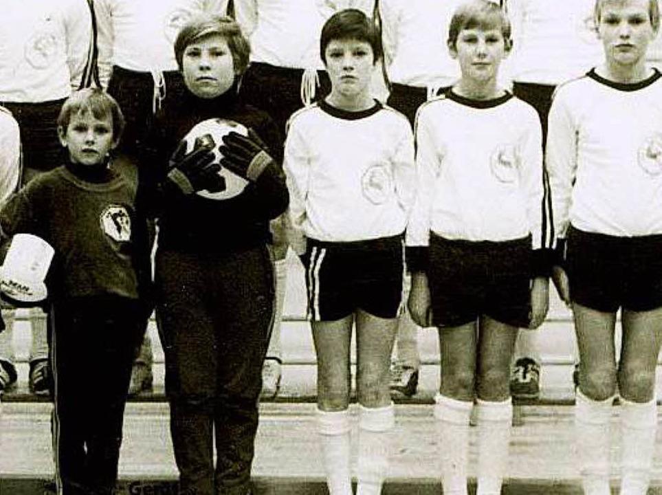 Jogi Löw (Mitte) in jungen Jahren.  | Foto: zvg