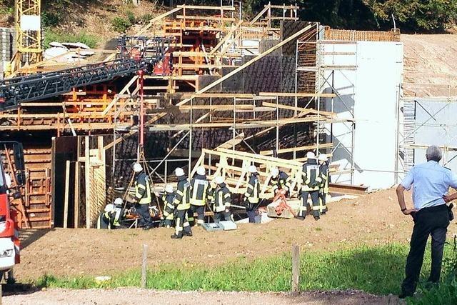 Schwerer Unfall beim Polderbau in Ettenheim