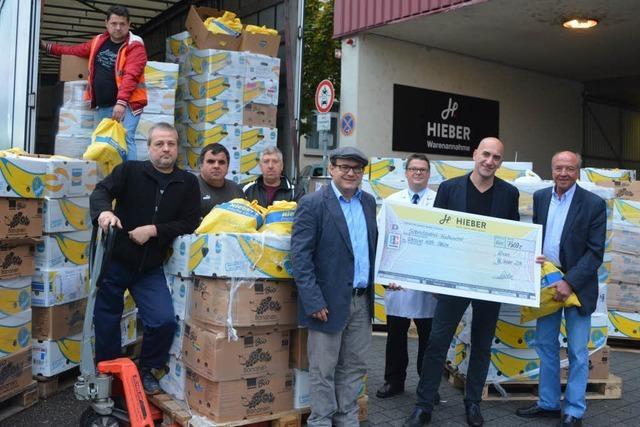 1500 gefüllte Einkaufstüten auf dem Weg in die Ukraine
