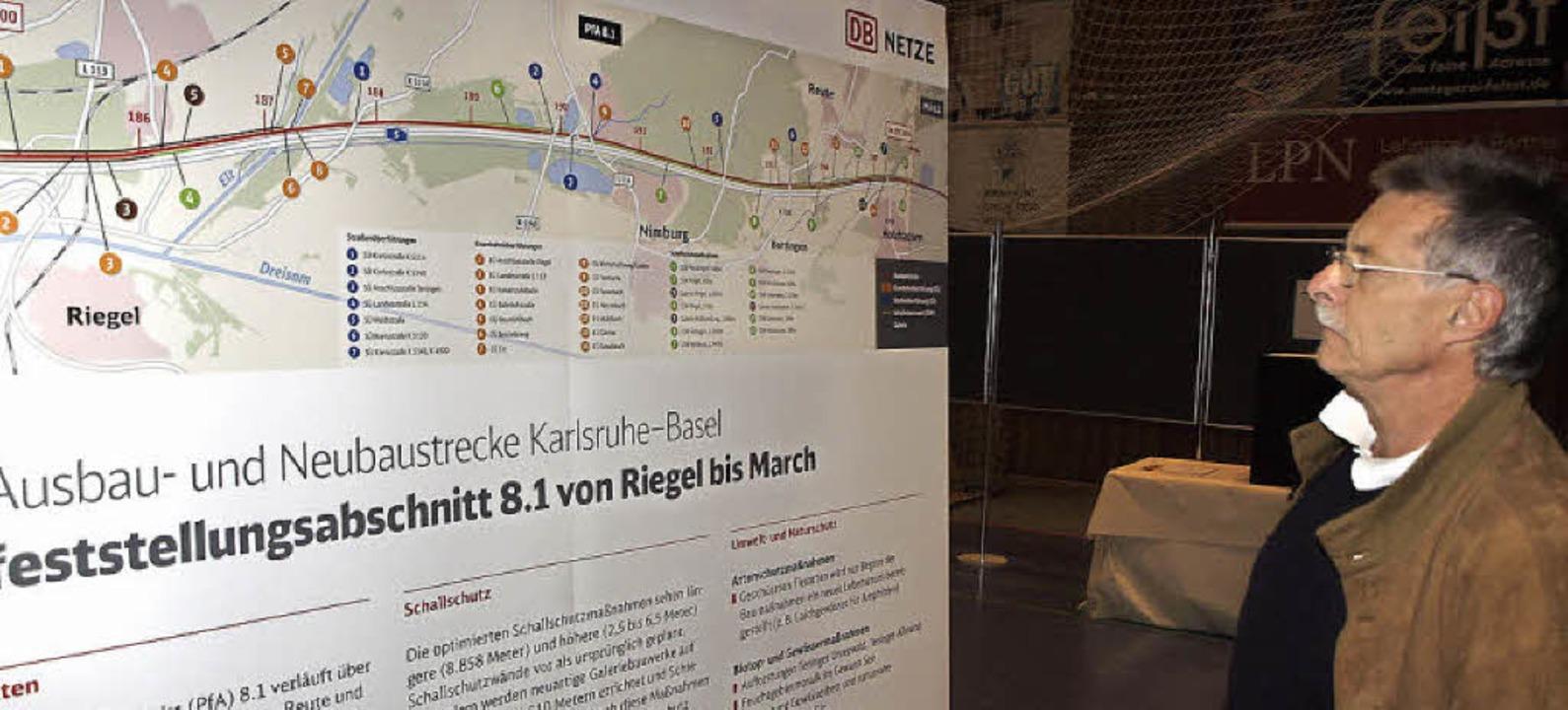 Die Planung im Abschnitt von Riegel bi... die Bahn in der Jahnhalle  Teningen.   | Foto: Michael Haberer