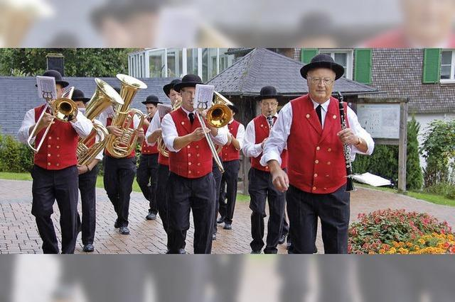 Polka und Marsch auf dem Oberdeck