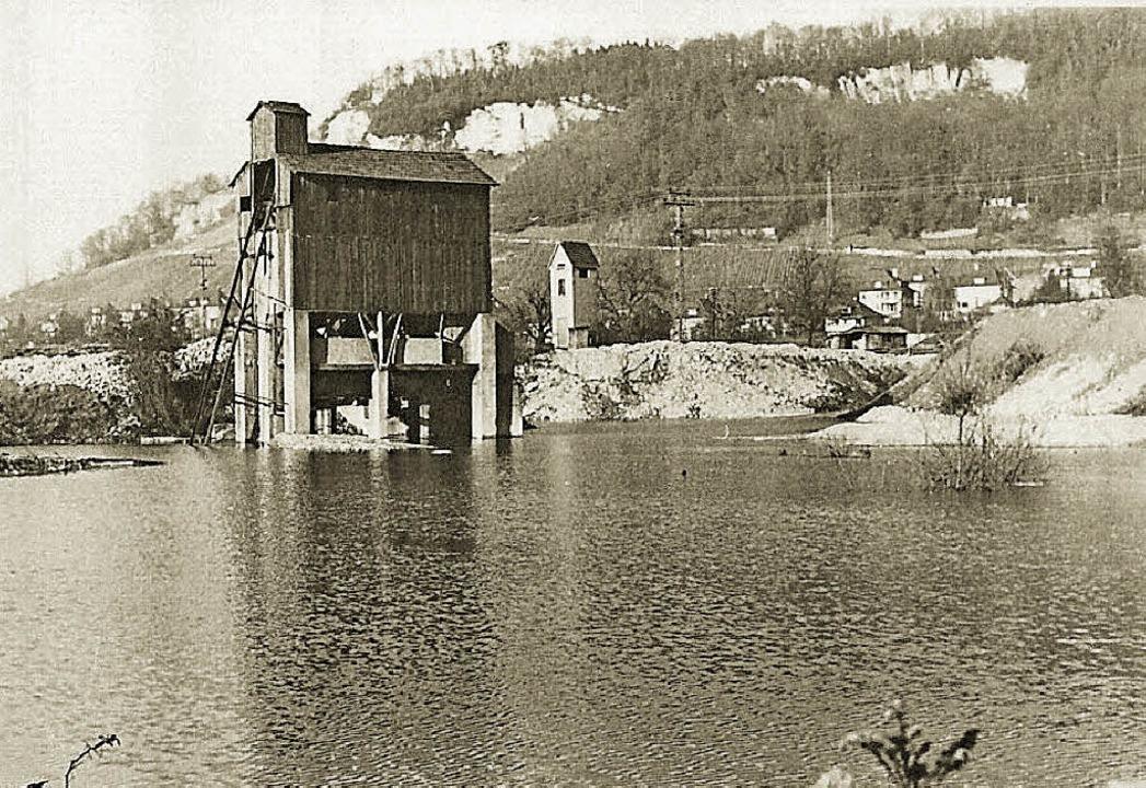 Die Kiesgrube Herrmann, etwa Ende der ...ser Stelle entstand die Kesslergrube.   | Foto: ZVG /Archiv Roche