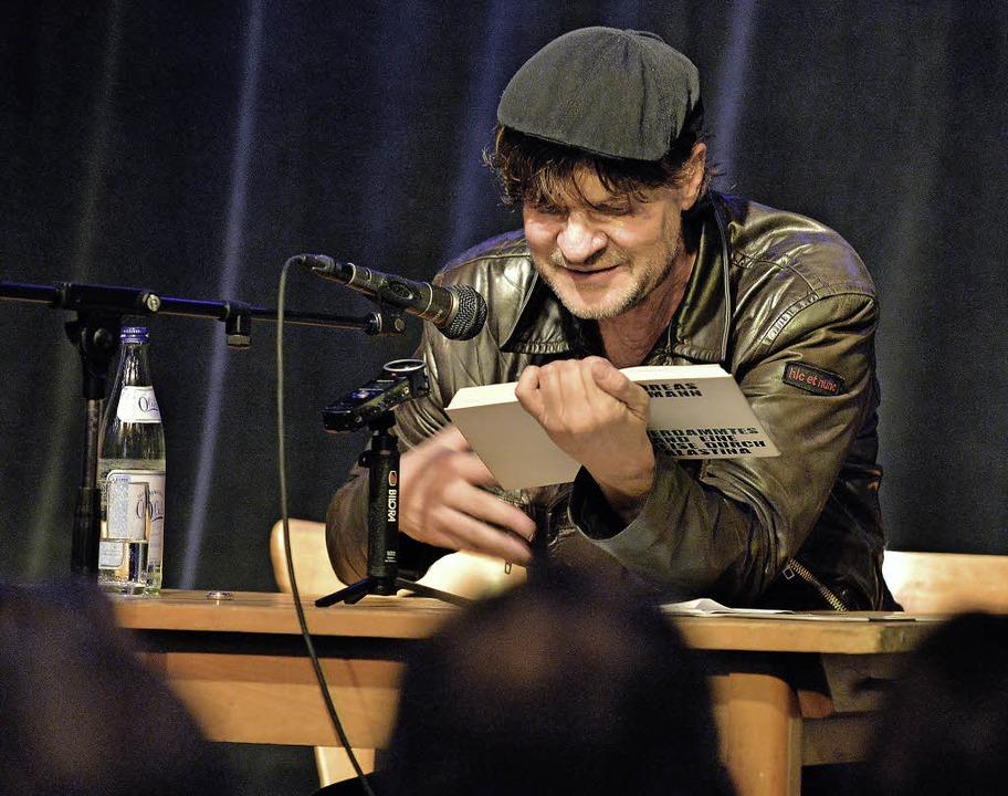 Die Lederjacke als Markenzeichen: Andreas Altmann  | Foto: M. Bamberger