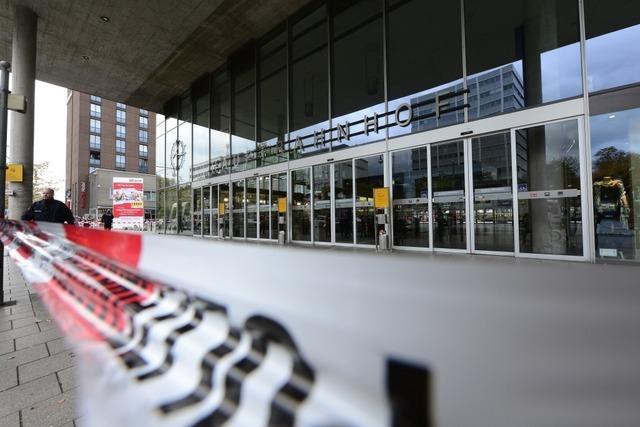 Bombendrohung legte zeitweise Freiburger Hauptbahnhof lahm