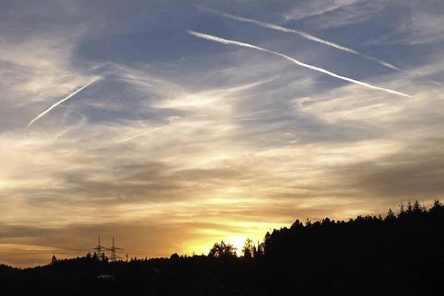 Das Ende der Ferienzeit bringt Verkehr am Himmel