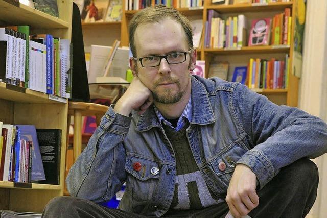 Dietmar Dath liest im Alten Wiehrebahnhof: Auf der Jagd nach der Kunst