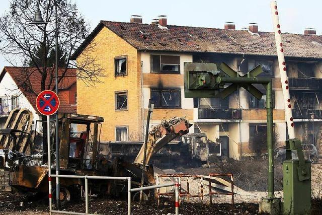 Gasexplosion reißt Bauarbeiter in den Tod - Zahlreiche Verletzte