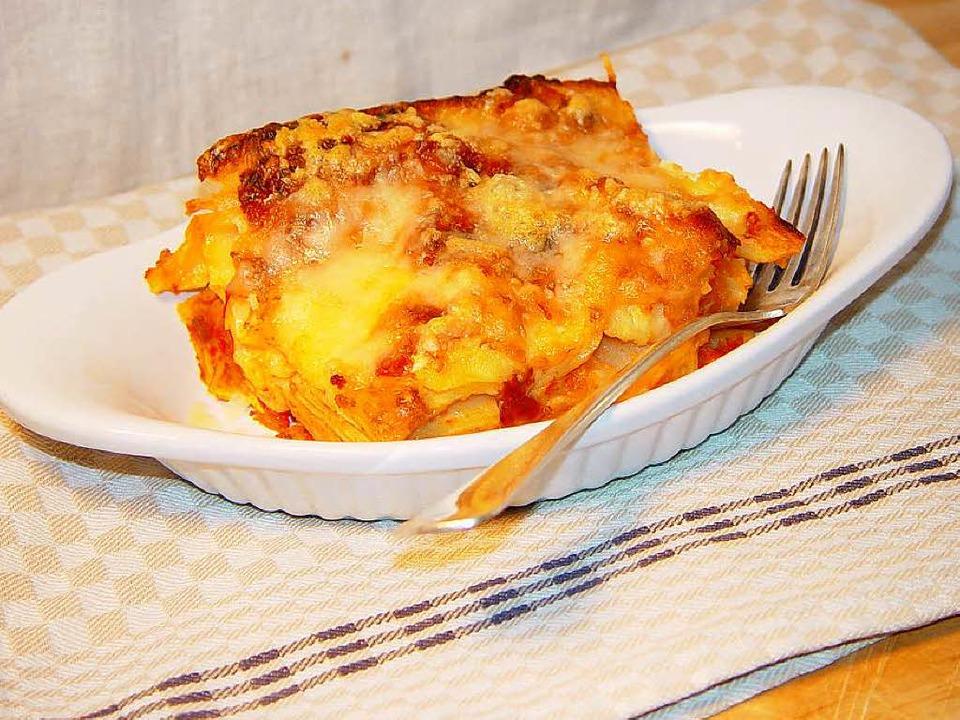 Vegetarisch und schmackhaft: eine Lasagne mit Kürbis.  | Foto: Stechl
