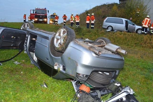 Tödlicher Unfall in Unadingen - Beifahrer flüchtet