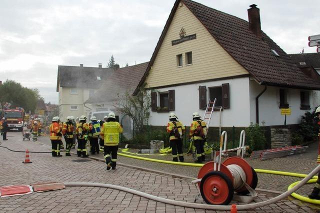 Feuerwehr gleich doppelt gefordert