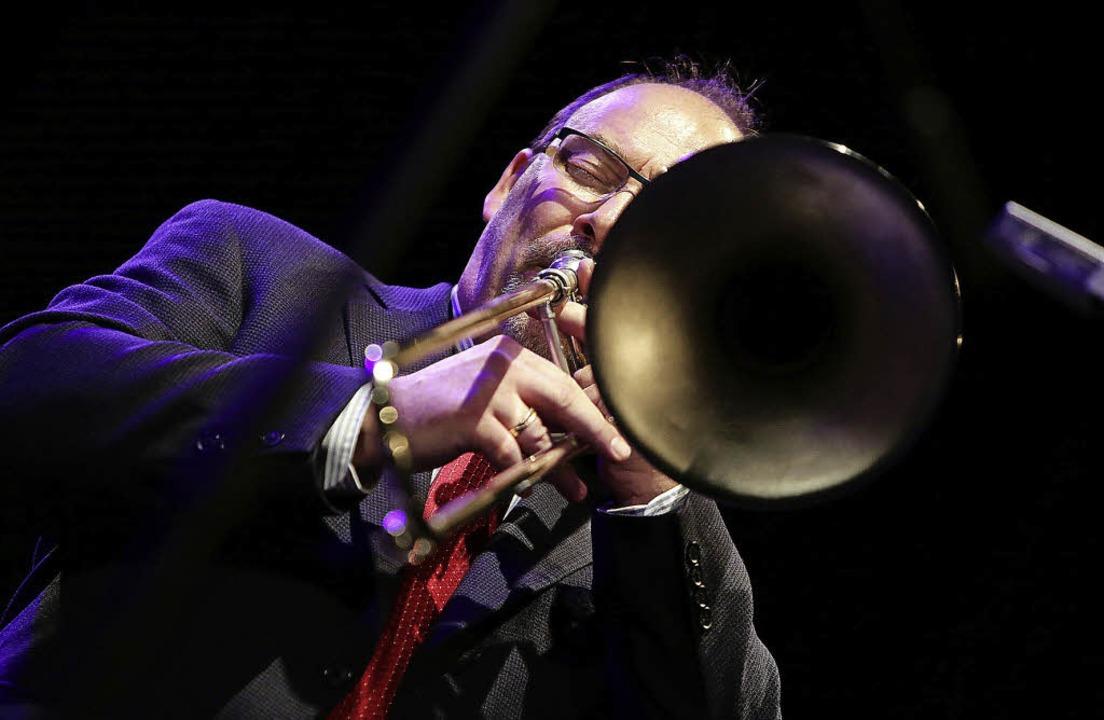 Ray Ashby sorgte im Jazzclub für ein unvergessliches Jazzerlebnis.     Foto: Christoph Breithaupt