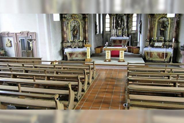 Neue Struktur und Kirchenrenovation