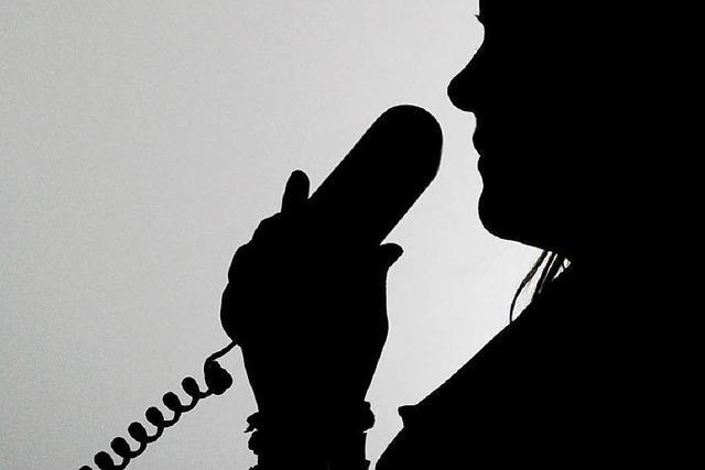 Übler Telefonbetrug in Freiburg: Frau verliert 60.000 Euro