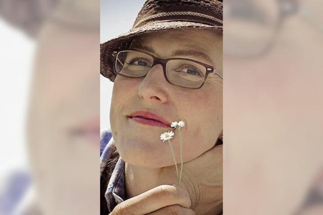 Martina Schwarzmann in Lörrach und Freiburg: Gscheid gfreid