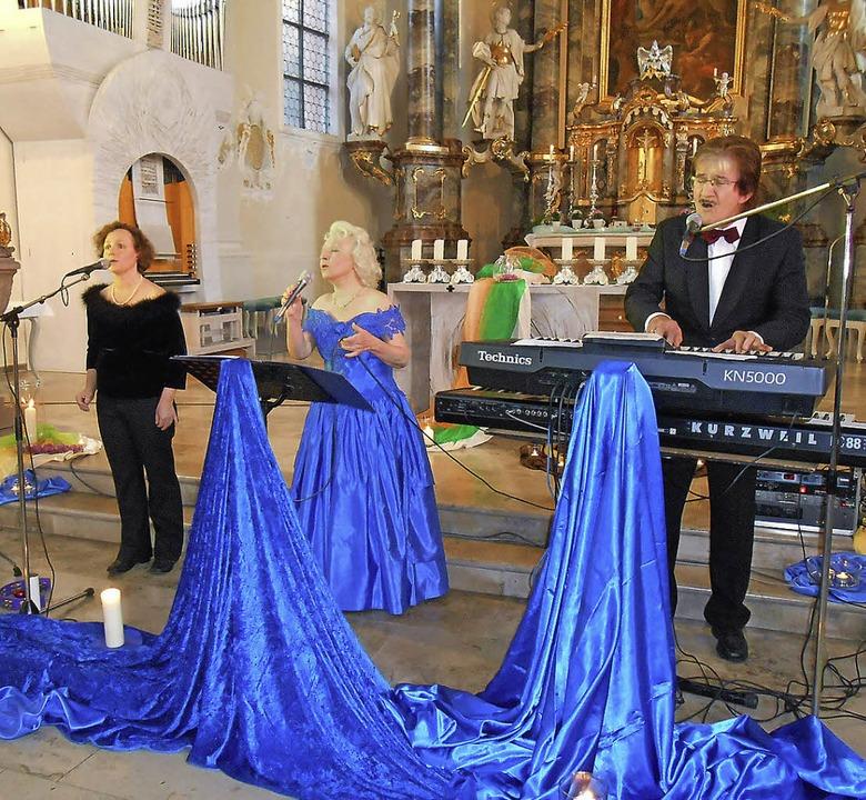 Mit schönen Eigenkompositionen und Ged...ldfamilie das Publikum in Herbolzheim.  | Foto: Simon Tenz