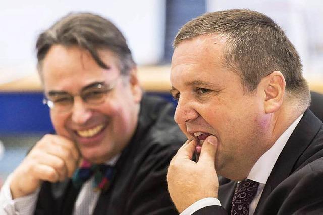 Mappus streitet mit ehemaligen Anwälten vor Gericht