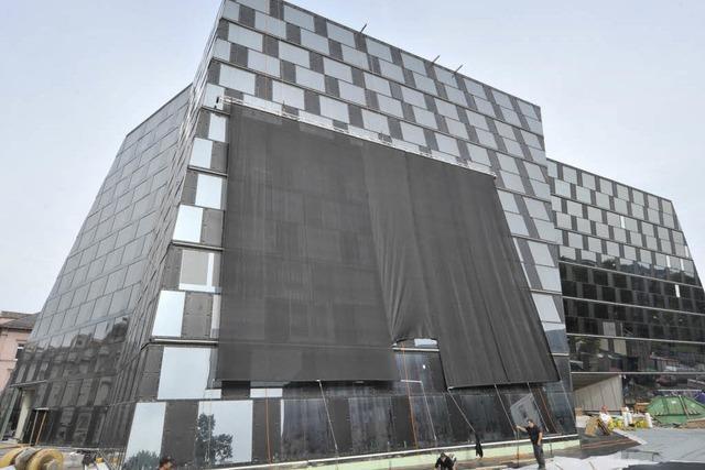 Neue Universitätsbibliothek eröffnet später und wird teurer