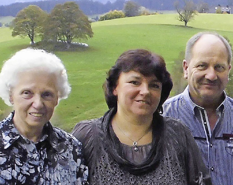 Treue Feriengsäte in Lenzkrich.Maria L...Bernhard Morath, hinten Christian Groß  | Foto: HTG