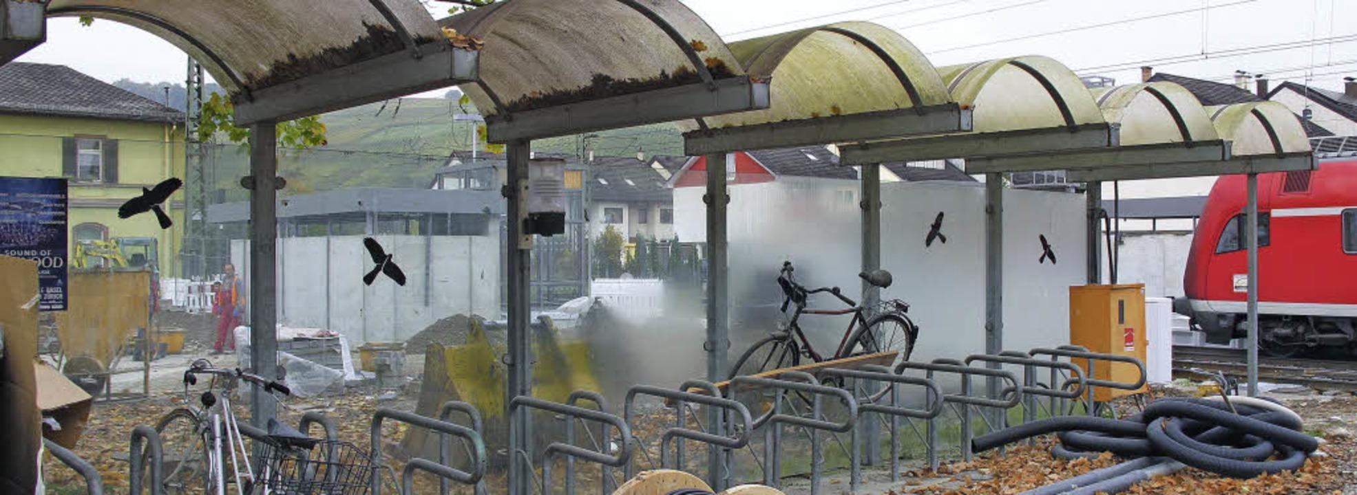 Beim jetzigen Fahrradabstellplatz am B...schließbare Bike-Box aufgebaut werden.  | Foto: Jutta Schütz