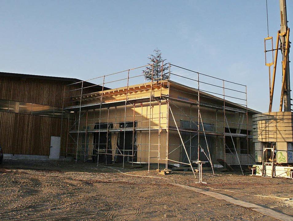 Das Gebäude des künftigen Gutacher Bauhofs    | Foto: Karin Heiss